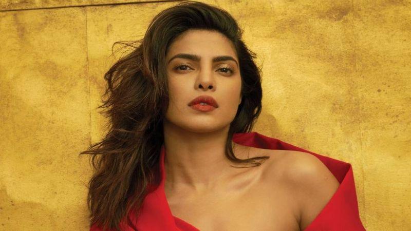 """Priyanka Chopra presume de la deslumbrante figura que tenía a los 17 años: """"Delgada y mala"""""""