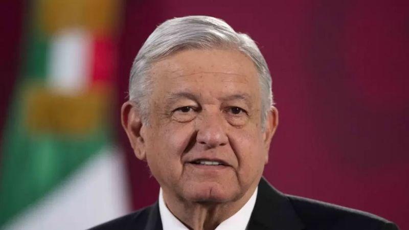 Funcionario de AMLO acusa al consejero del INE de atacar la libertad de expresión del presidente