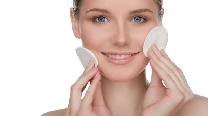 ¿Usas maquillaje? Expertos recomiendan prestar atención a los productos que utilizas