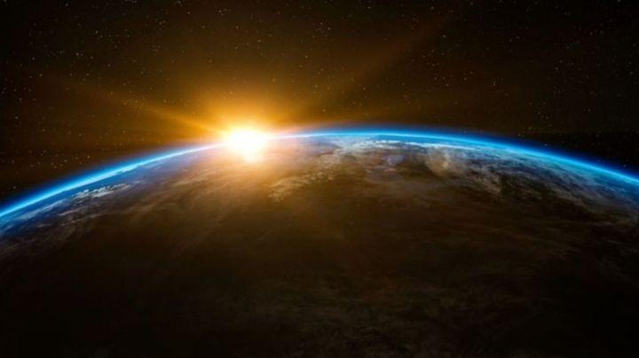 FOTO: La sorprendente imagen de un arcoíris captada por un astronauta desde el espacio