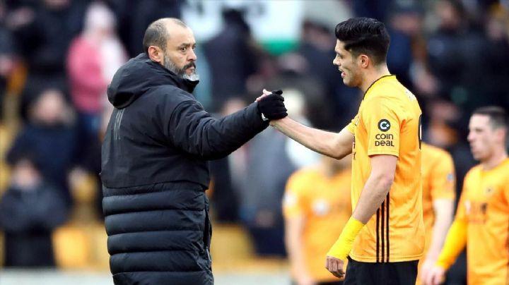 Raúl Jiménez en riesgo con los Wolves por la posible salida de Nuno Espirito Santo