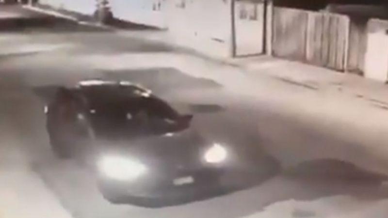 Sujetos desconocidos despojan a conductor de su vehículo a punta de pistola