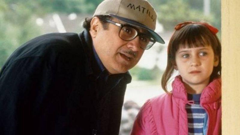 La conmovedora historia entre Danny DeVito y Mara Wilson mientras grababan 'Matilda'