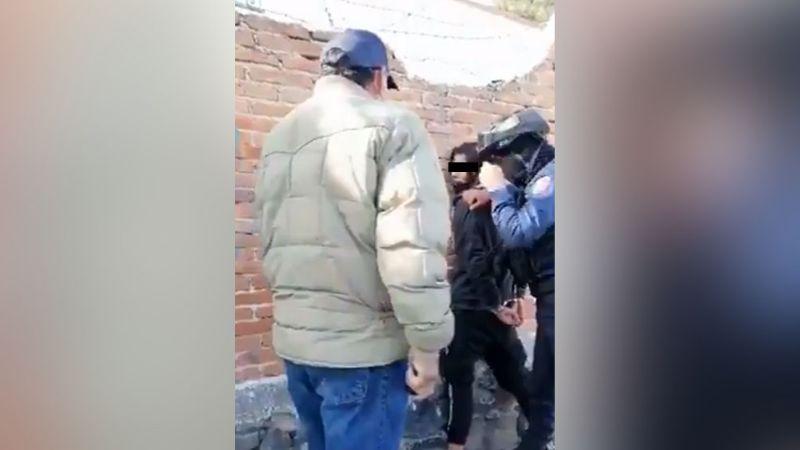 """Presunto ladrón rompe en llanto y pide """"clemencia"""" luego de ser detenido en Querétaro"""