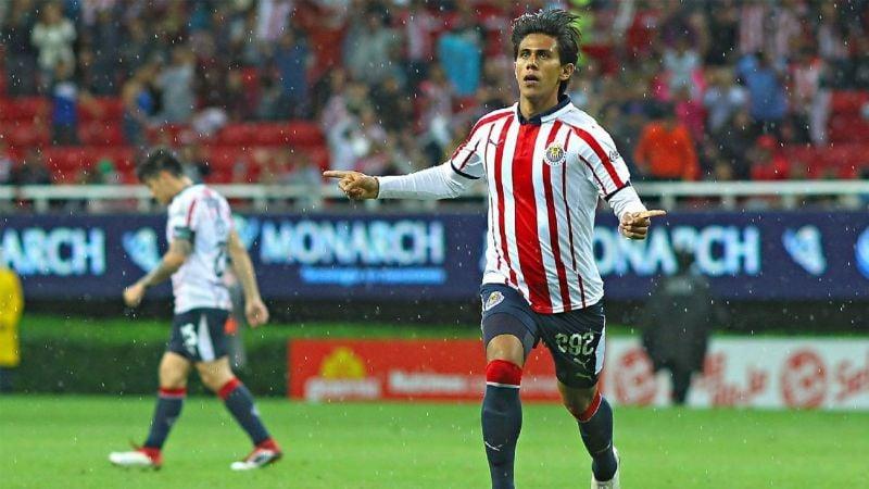 Macías descartado para jugar ante Toluca; sí lo harían Brizuela y Zaldívar
