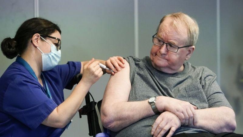 Noruega investiga la muerte de adultos mayores después de recibir vacuna de Covid-19