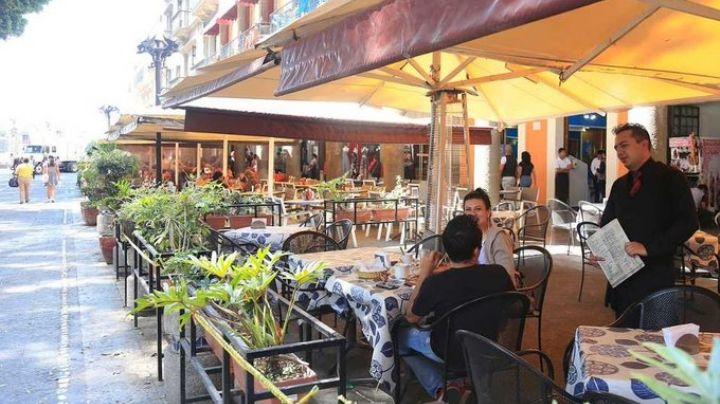 Restaurantes capitalinos preparan reapertura aunque en espacios abiertos