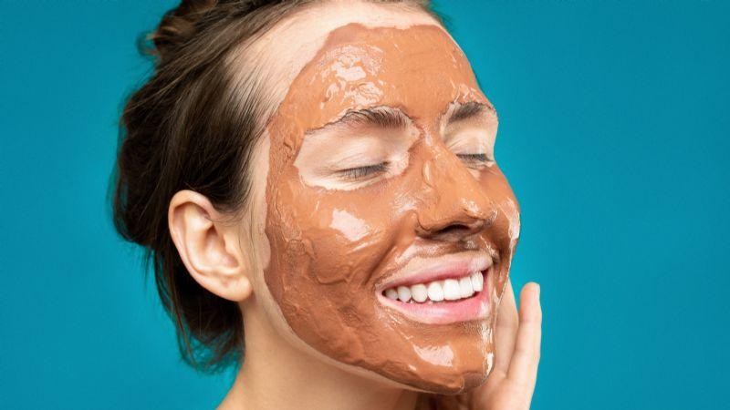 ¿Te aplicas mascarillas seguido? Entérate cuales son todos sus efectos sobre la piel
