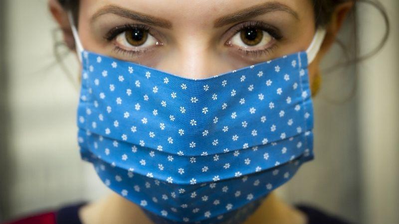 ¡No te confundas! Aprende a diferenciar los síntomas del Covid-19 con el  resfriado común