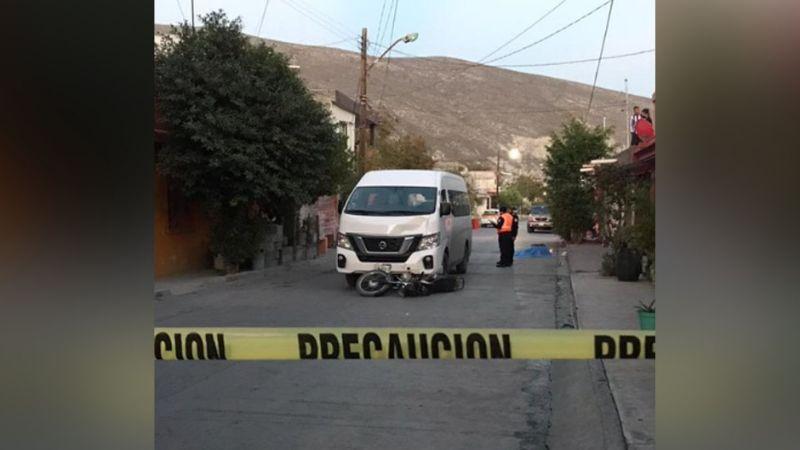 Motociclista pierde la vida luego de embestido por una camioneta en Monterrey