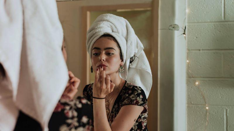 Consiente tu piel sensible con esta fabulosa mascarilla que te quitará todo rastro de acné
