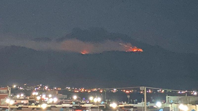 Reportan incendio forestal en faldas del Volcán Iztaccíhuatl; trabajan para sofocarlo