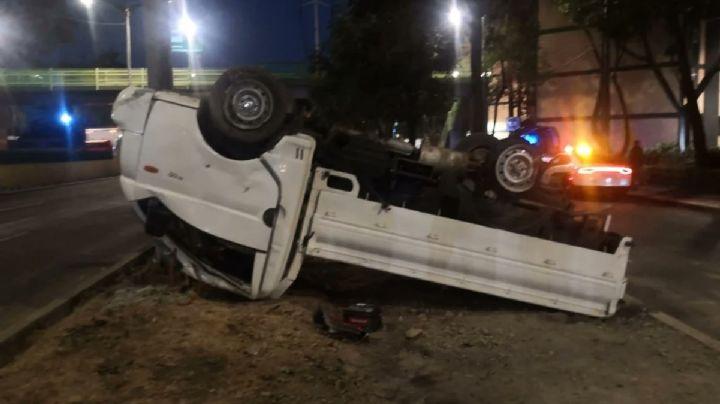 CDMX: Encuentran 557 kilos de cocaína en camioneta volcada y abandonada por conductor