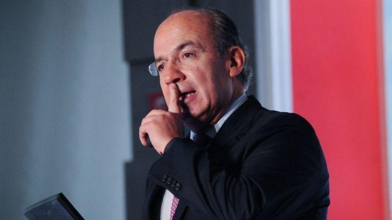 Andrés Manuel López Obrador liga a director de Twitter en México con Felipe Calderón