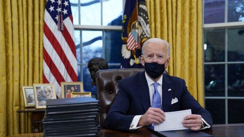 Estos son los primeros decretos que Joe Biden hizo en su primer día de presidente