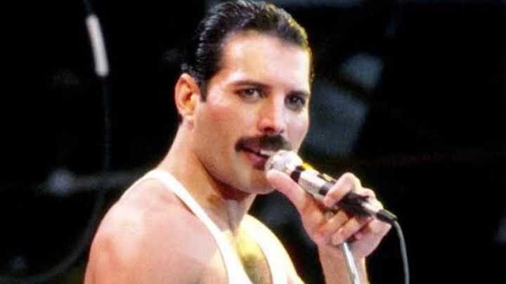 ¡Fans indignados! Comparan a Freddie Mercury con Karol G e internautas reaccionan con memes