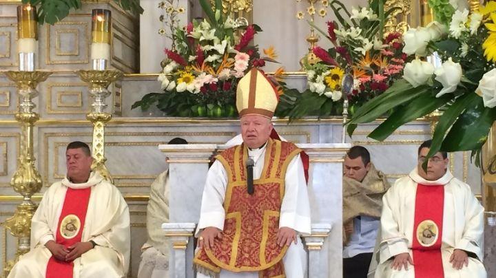 Iglesia pide que vacunen a sacerdotes de Covid-19 y levantan críticas en redes sociales