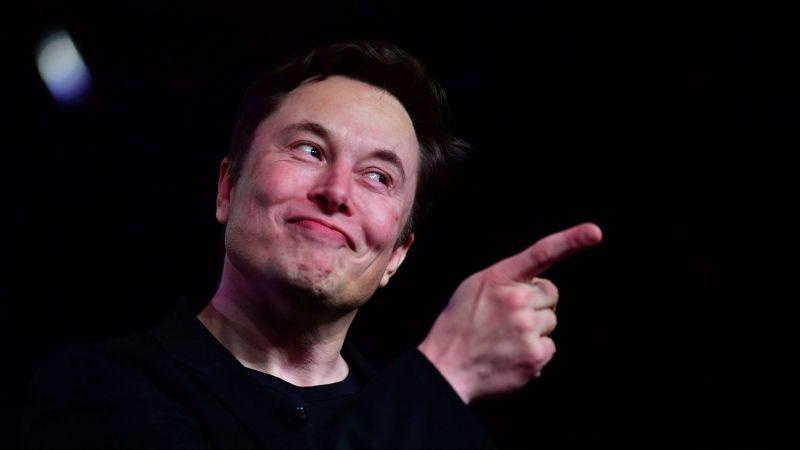 ¿Quieres trabajar con Elon Musk para alguna de sus empresas? Esto es lo que pide