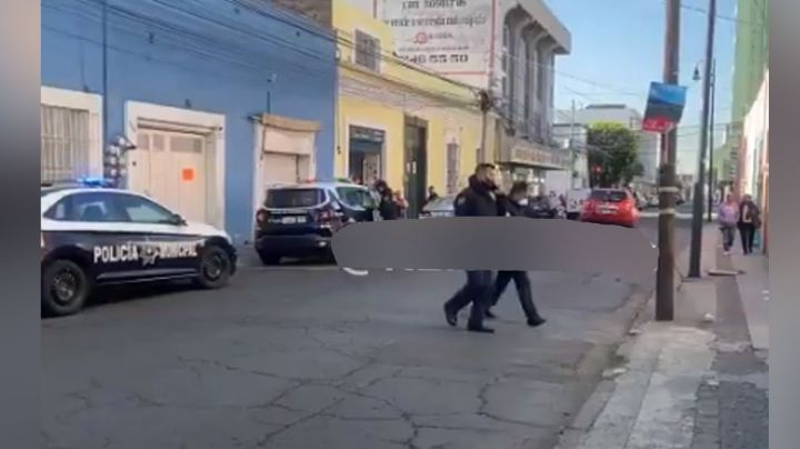 Gatilleros intentan quitarle la vida a un peatón al propinarle un balazo en el pecho