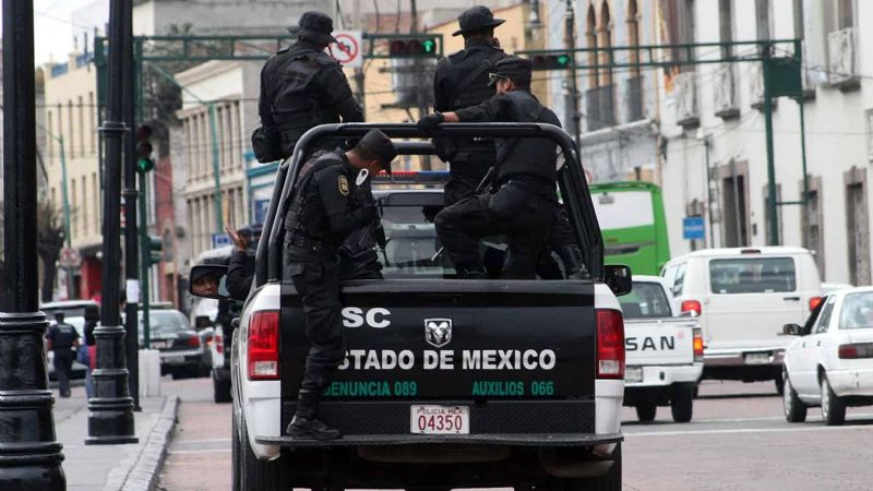 Policías de Edomex secuestran a menor de edad; exigen 10 mil pesos para liberarlo
