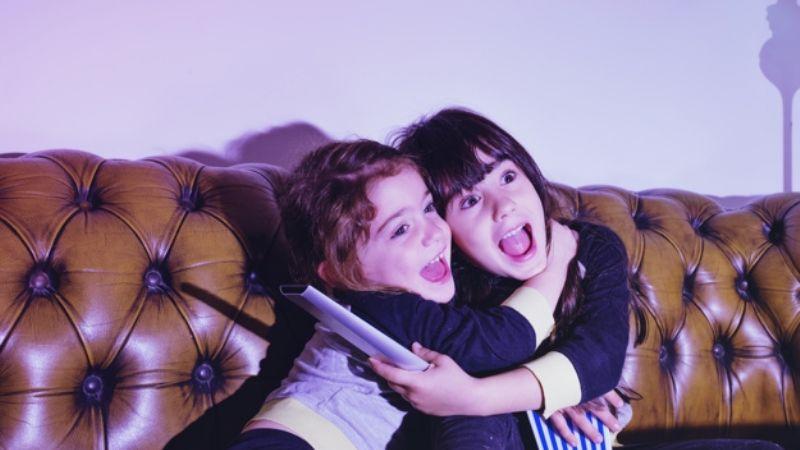 'Masha y el oso', 'Bob Esponja' y muchas más: Entérate de los beneficios de que tus hijos vean caricaturas