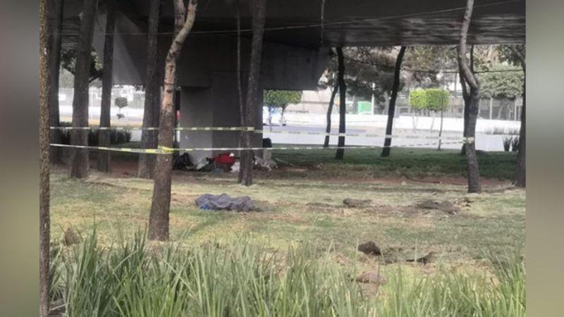 Persona en situación de calle es encontrada sin vida debajo de un puente en CDMX