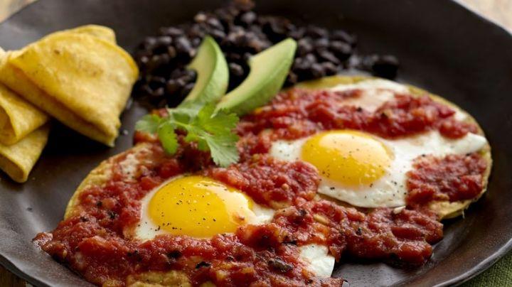 ¡Un desayuno digno de reyes! Estos huevos rancheros te robarán el aliento