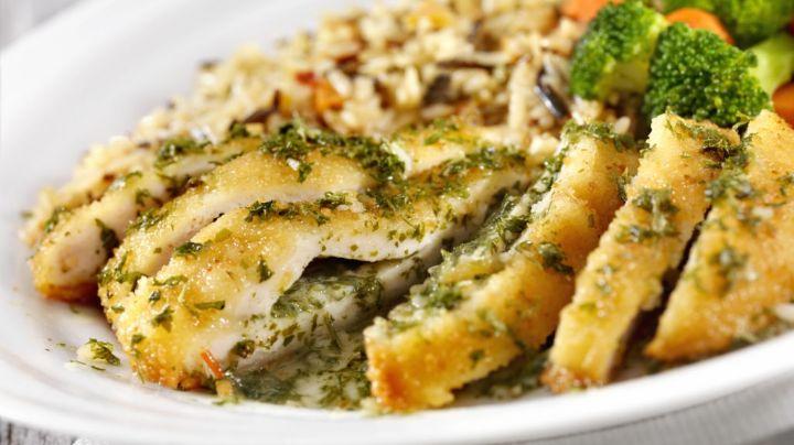 ¡Es la hora de la comida! Este pollo relleno de champiñones te encantará de principio a fin