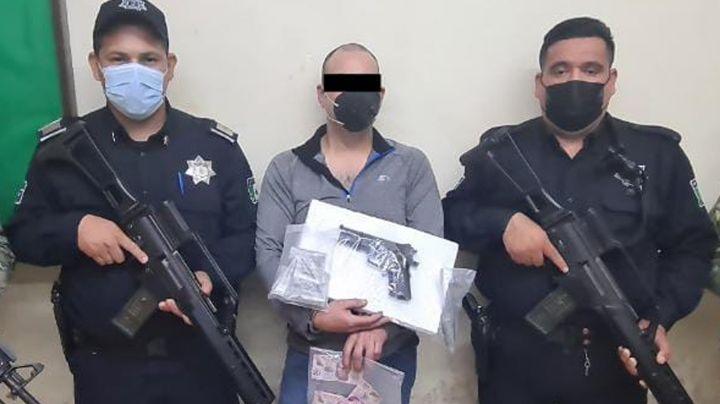 Ciudad Obregón: Cae 'tirador' en posesión de droga y arma de fuego falsa