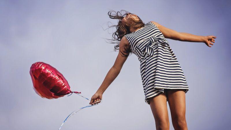 ¡Que el amor lo inunde todo! Descubre tu outfit ideal para San Valentín con estas prácticas ideas
