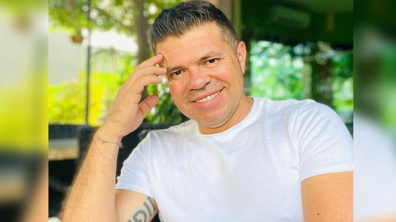 """Tras llamar """"covidiotas"""" a sus colegas, filtran video de Jorge Medina en pleno concierto"""