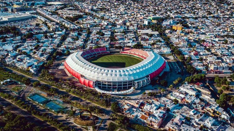 La Serie del Caribe de Mazatlán va con público, a pesar del aumento de casos de Covid-19