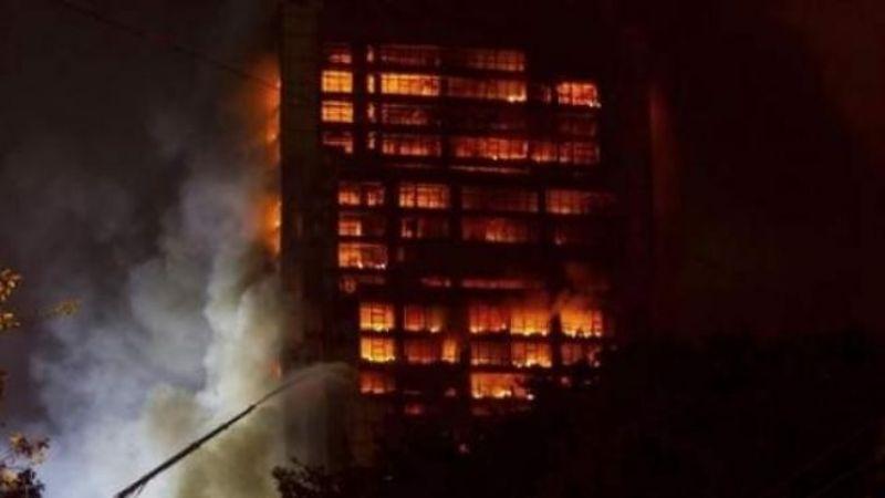 """""""Gritaban de dolor, no tenían opción"""": Pareja se avienta de edificio mientras se quemaba viva"""