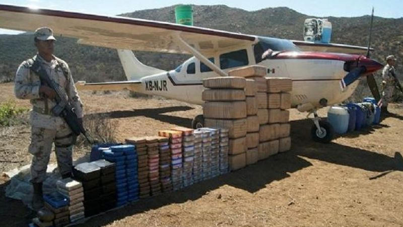 Narco mexicano es extraditado a Estados Unidos; traficaba cocaína colombiana