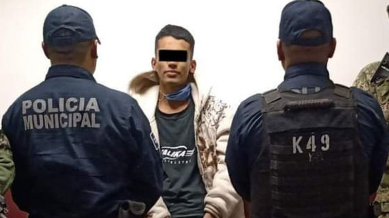 Detienen a joven de 21 años con 67 envoltorios de droga al sur de Ciudad Obregón
