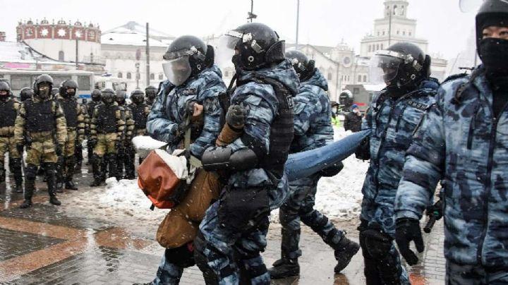 Tras nuevas protestas contra Vladimir Putin, autoridades detienen a 4 mil manifestantes
