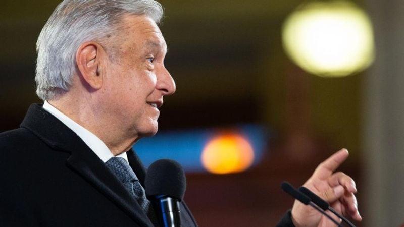 AMLO pide indulto para Julian Assange y ofrece asilo político al fundador de Wikileaks