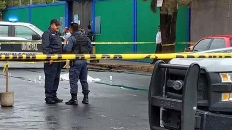 Niño de 5 años recibe dos balazos dentro de departamento; arrestan a su mamá