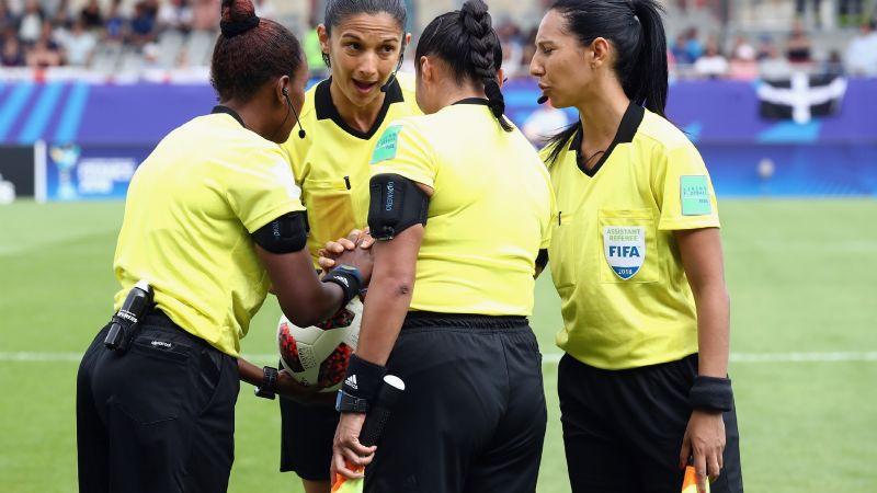 Mundial de Clubes marcará historia por tener tripleta arbitral femenil