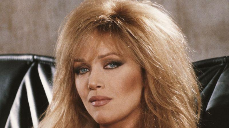 De película: Tanya Roberts, la 'Chica Bond', sigue viva; hospital desmiente su muerte