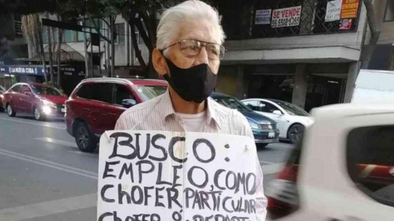 VIRAL: Abuelito busca trabajo en la calle, causa conmoción en redes y consigue un empleo