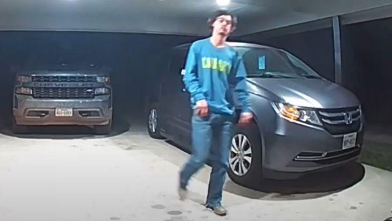VIDEO: Joven se lleva el susto de su vida al encontrarse con terrorífico animal