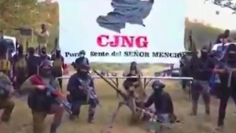 """VIDEO: CJNG reaparece y amenaza a rivales de Michoacán: """"Les ganaremos la guerra"""""""