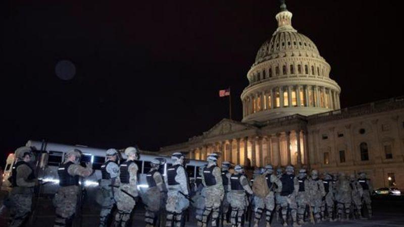 Tras la suspensión por el ataque al Capitolio, Congreso de EU reanuda la sesión esta noche