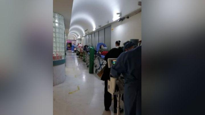 Clínica del IMSS en Nuevo León pone a hacer fila a los pacientes Covid-19 ante la falta de camas