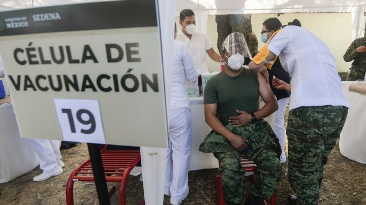 Jueza federal recibe el primer amparo por vacunación contra Covid-19