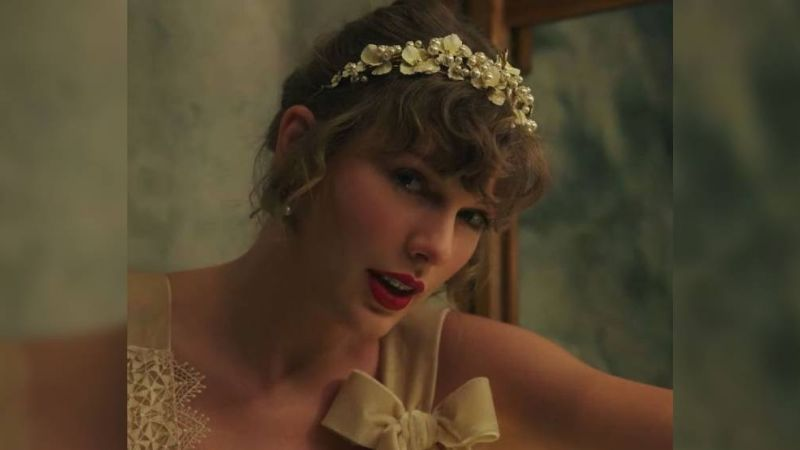 Taylor Swift deja completamente impresionados a sus fanáticos con dos nuevas canciones
