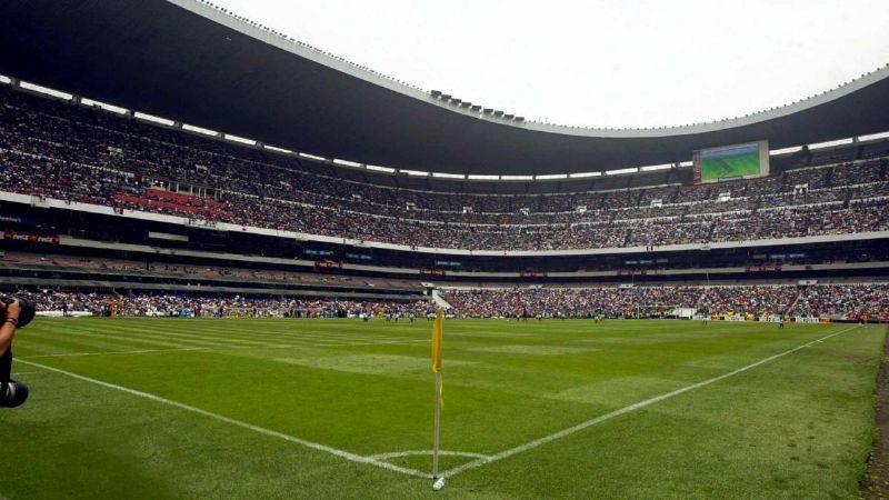 "SSA: ""Se abrirán estadios pero deben seguirse medidas sanitarias pese a semáforo verde"""