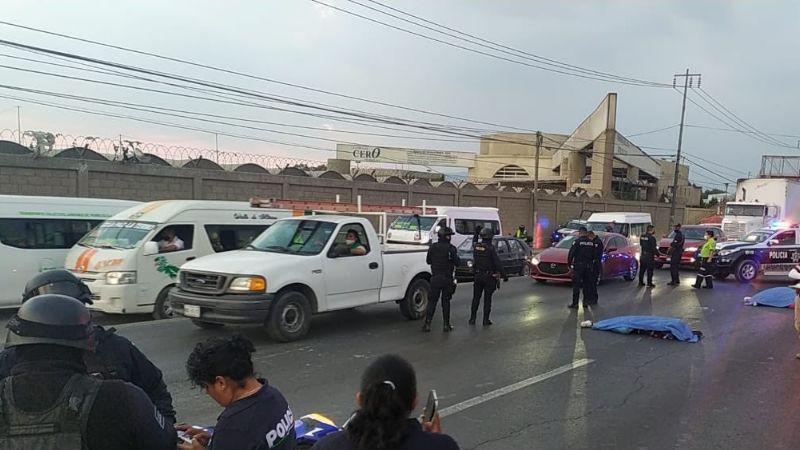 Pareja a bordo de una motocicleta pierde la vida luego de ser atropellados en Ecatepec