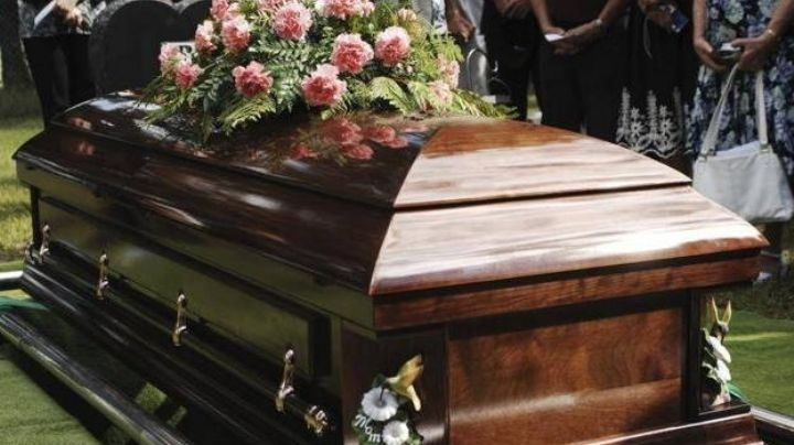 Frente a su familia, hombre intenta abusar del cadáver de una mujer en su funeral